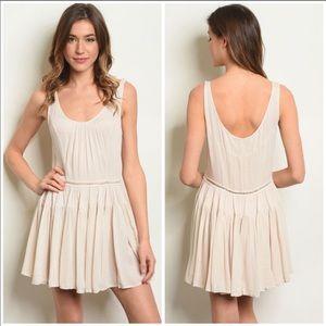 Dresses & Skirts - NEW🌺 Beige Tank Dress